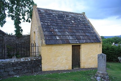 Melville's-vault-at-Collessie-Fife