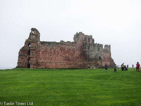 Ruins Of Tantallon Castle © Tudor Times Ltd 2016