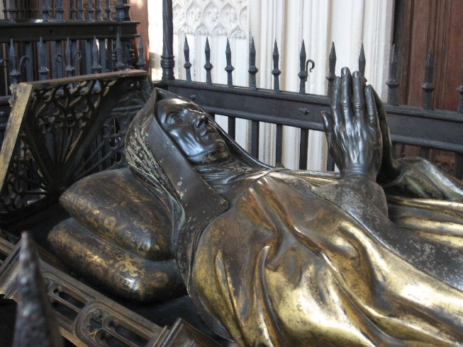 Tomb-of-Lady-Margaret-Beaufort-in-Henry-VII's-chapel-Westminster-Abbey