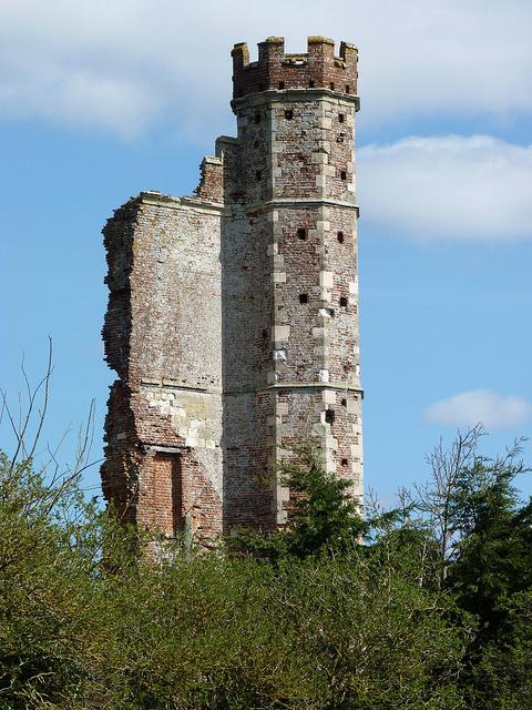 Warblington-Castle-Hampshire.-Favourite-home-of-Margaret-Countess-of-Salisbury