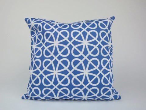 Howard Cushion - Reverse Pattern