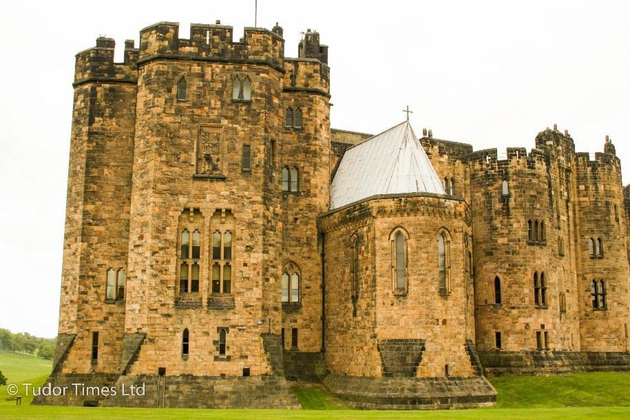 Alnwick Castle Northumberland Copyright Tudor Times Ltd
