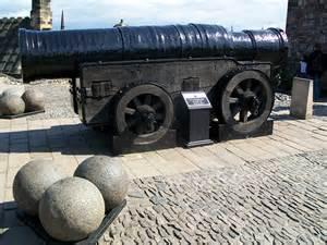 Mons-Meg-James-IVs-great-cannon