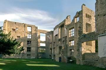 Old Hardwick Hall © English Heritage