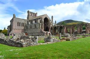 Remains-of-Melrose-Abbey