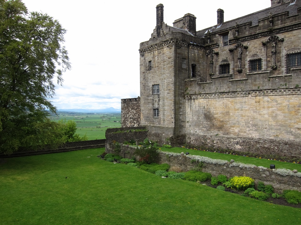 Stirling-Castle-Reduced