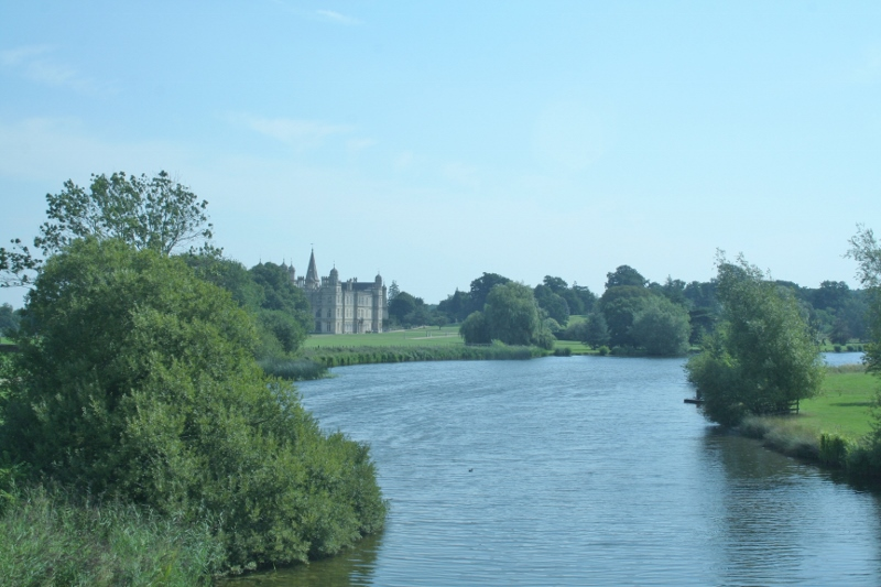 Burghley-House-from-the-Lion-Bridge