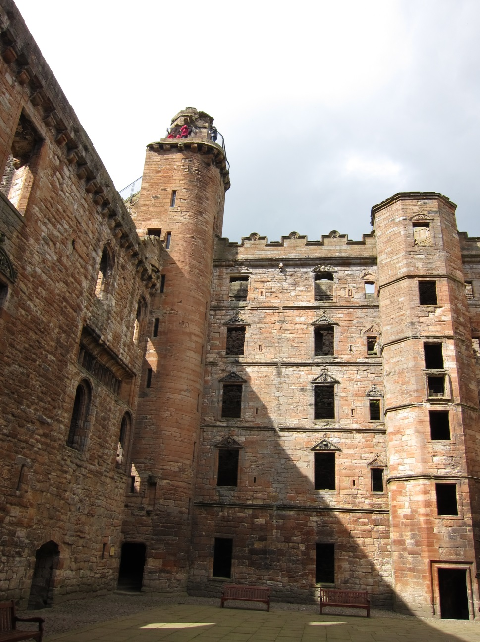 Courtyard-with-North-West-Tower