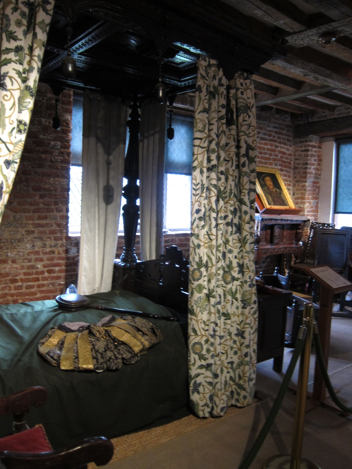GOH-Tudor-Bed-Chamber