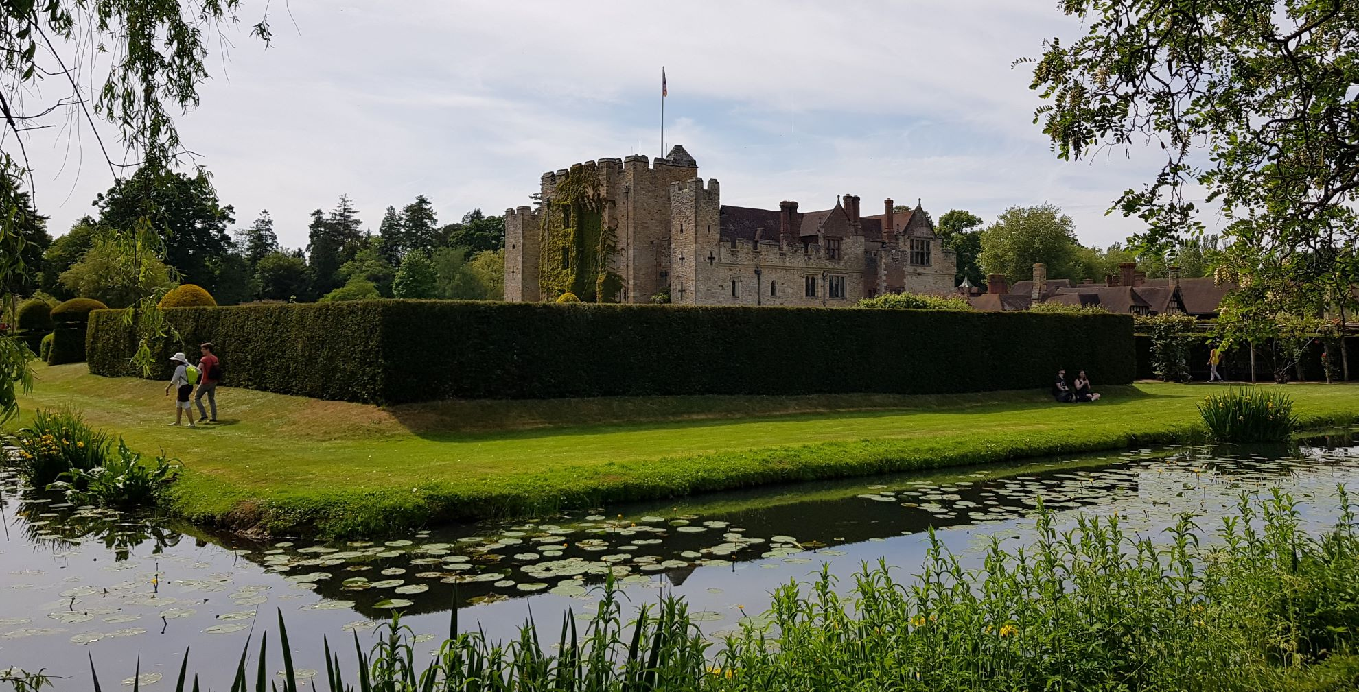 Hever Castle Reduced 2 Mb