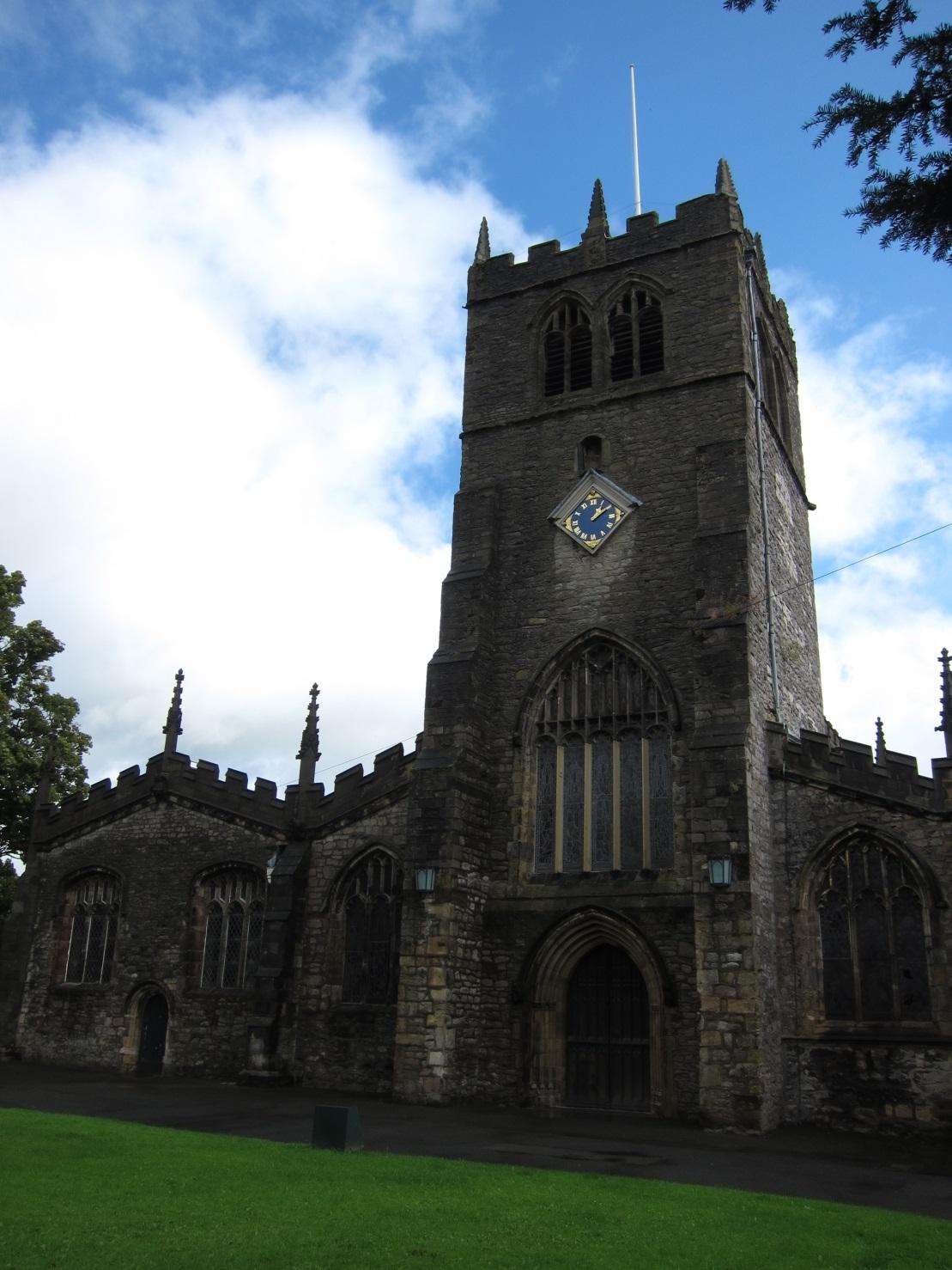 Holy-Trinity-Church-Kendal-Exterior