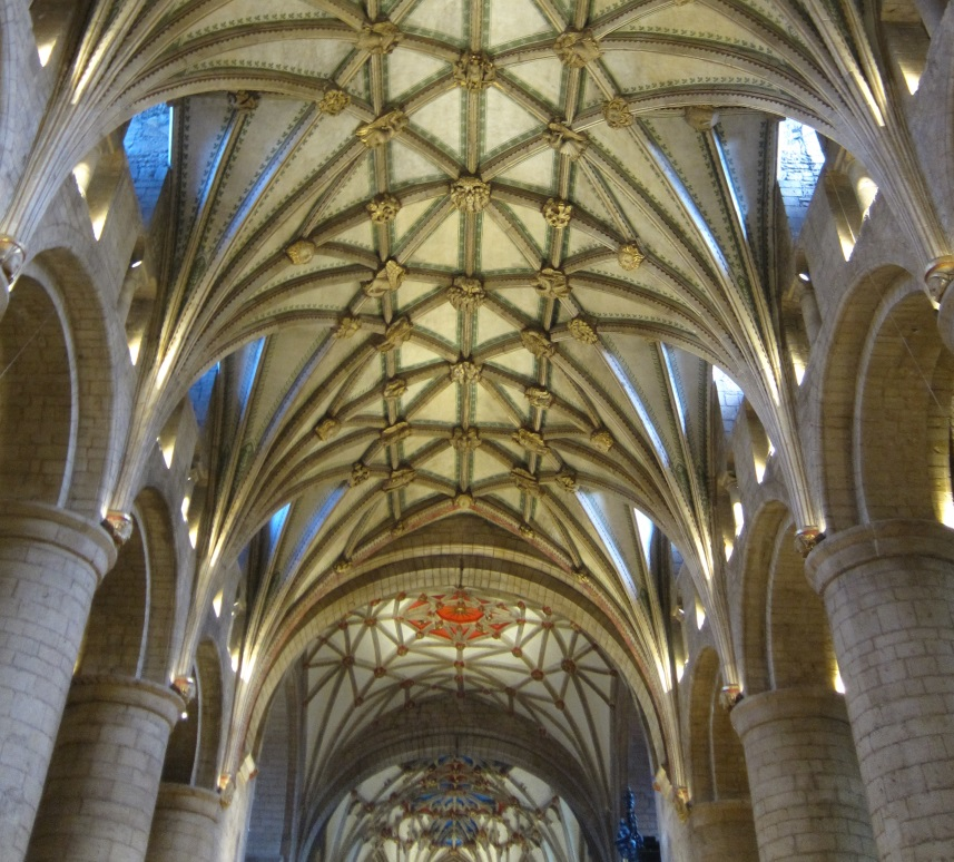 Nave-and-Ceiling-of-Tewkesbury-Abbey.-©-Tudor-Times-2015