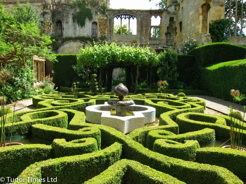 Sudeley With Copyright 800X600